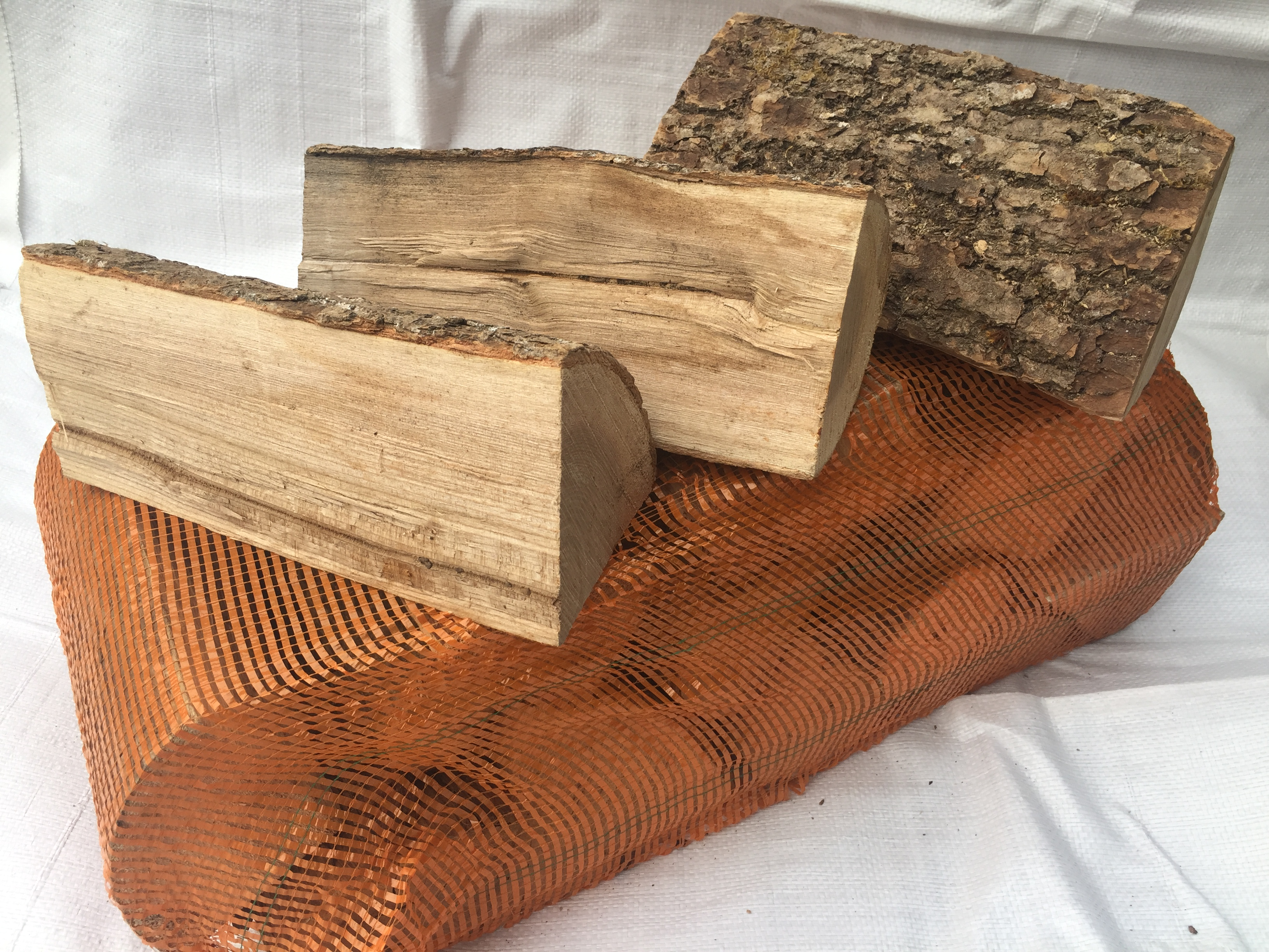 kiln dried hardwood logs nets collection only
