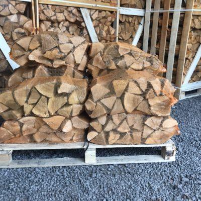 "Kiln Dried Ash 10"" Logs 14 x 40L nets"
