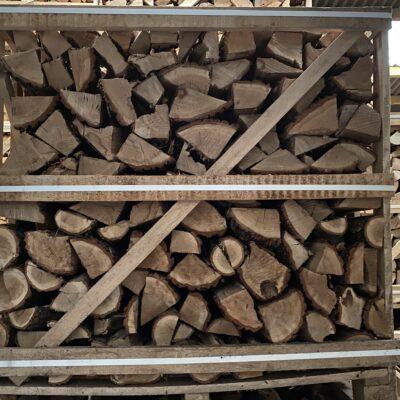 "Kiln Dried Oak 10"" Logs in Crate plus a FREE JUMBO BAG KINDLING & SAMBA FIRELIGHTERS (64)"