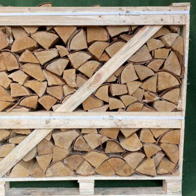 Kiln Dried Silver Birch 10″ Logs in Crate plus a FREE JUMBO BAG KINDLING & SAMBA FIRELIGHTERS (64)